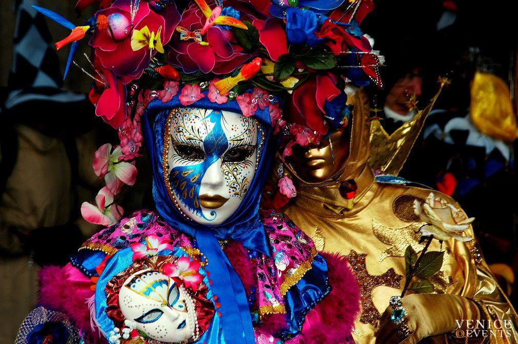 kham-pha-le-hoi-venice-carnival-ngap-tran-sac-mau-italy-4